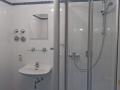 01Bad-mit-Dusche.png
